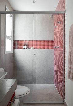 Concrete Surround Plus Itty Bitty Red Tile Surround And White Lines Bring  The Contrasting Design Together For An Attention Splashing Rise And Shine.