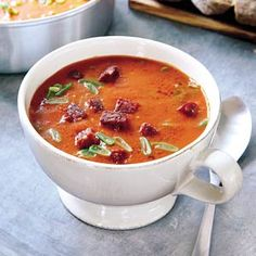 Recept - Oranjesoep met geroosterde paprika en chorizo - Allerhande