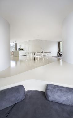 Find your favorite Minimalist living room photos here. Browse through images of inspiring Minimalist living room ideas to create your perfect home. Home Design Decor, House Design, Home Decor, Arch Interior, Interior And Exterior, Interior Design, Architecture Wallpaper, Architecture Design, Journal Du Design