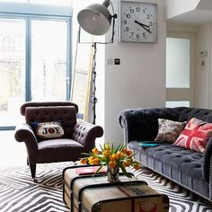 Vintage Chester sofa -- This look is PERFECT!  (sans the rug...)