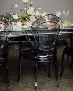 20 Unique Reception Seating Ideas That Will Surprise and Delight Your Guests Ghost Chair Wedding, Wedding Reception Chairs, Wedding Table, Reception Food, Reception Ideas, Fall Wedding, Glass Chair, Monochrome Weddings, Wedding