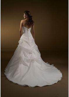 Stunning A-line Organza Satin & Tulle Strapless Wedding Dress