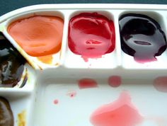 Brenda Swenson: How to Set-Up a Watercolor Palette *note: her blog is very helpful...lots of tips and ideas