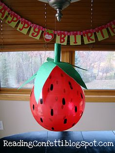 DIY Strawberry Balloon!  Balloons for party decoration for strawberry shortcake party or fruit harvest.