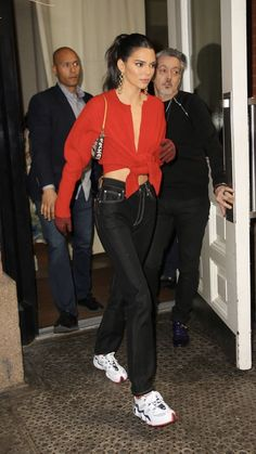 Celebrity Outfits, Celebrity Look, Kendall Jenner Outfits, Kendall And Kylie Jenner, Style Invierno, Look Fashion, Fashion Outfits, Estilo Kardashian, Look Star