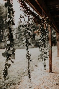 Get inspired by this rustic rose gold Oregon outdoor wedding at Heister Farms photographed by Victoria Carlson Photography.
