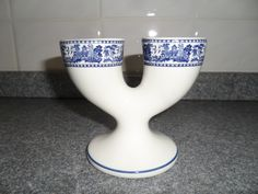 Double Egg Cup - willow pattern