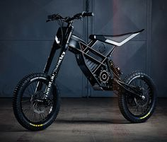 The awesome Freerider by Kuberg is a powerful, rechargeable electric dirt bike for teens and adults. The cool ride exists somewhere between the space occupied by a bmx bike and a dirt bike, using a motor to deliver of power, giving Electric Dirt Bike, Best Electric Bikes, Electric Mountain Bike, Electric Vehicle, Eletric Bike, E Mountain Bike, Bike Motor, Velo Design, Bicycle Safety
