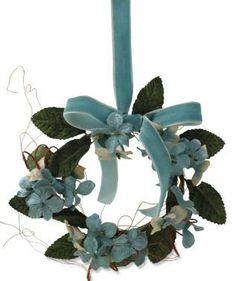 Featured item: Aqua Velveteen Candle Ring/Wreath