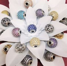 Pandora Spring 2015 Collection is released! Mora Pandora, New Pandora, Pandora Beads, Pandora Bracelet Charms, Pandora Rings, Pandora Jewelry, Pandora Story, Pandora Essence Collection, Jewelery