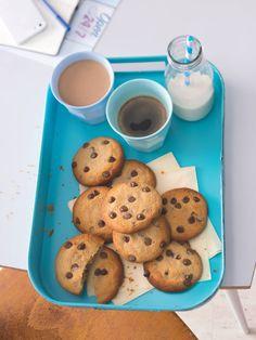 Sušenky nezapomeňte osolit a množství se nebojte, sůl je přesně to, co jim dodá na zajímavosti. Cookies, Desserts, Food, Biscuits, Meal, Deserts, Essen, Hoods, Dessert