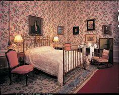 Blenheim Palace Bedroom – birth room of Sir Winston Churchill. Lady Randolph Churchill gave birth to Winston in this room on 30 Nov 1874. Woodstock, Oxfordshire, England, UK