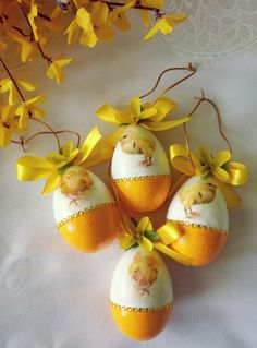 Happy Easter, Easter Bunny, Easter Eggs, Egg Crafts, Diy And Crafts, Happy Spring, Spring Has Sprung, Easter Treats, Easter Crafts