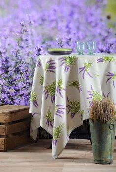 Stof - Nappe enduite LUBERON - 90% Coton 10% Polyester - Lavande Polyester, Outdoor Furniture, Outdoor Decor, Home Decor, Lavender, Cotton, Decoration Home, Room Decor, Interior Design