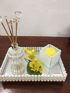 Decor Crafts, Diy Home Decor, Diy And Crafts, Crafts For Kids, Decor Room, Ethnic Decor, Diy Mirror, Glass Candle Holders, Happy Planner