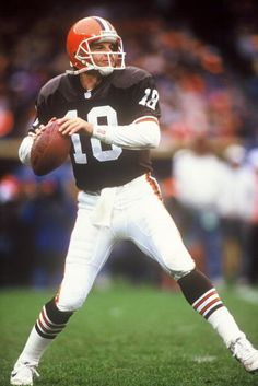Mike Tomczak of the Cleveland Browns 1992.