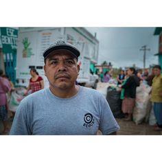 #Ecoce       #portrait #eyes#adult #man #look #pet #community #hard#collector #photohunted #mexico #superhubs #profile_vision  #operador #vscoportrait #guerrero #Ahuaxotitla #artsofvisual #peoplescreatives #sonyalpha #reciclaje #streetphotography #artsofvisual #bravogreatphoto #photography
