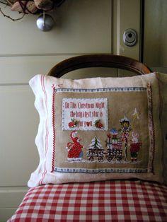 Christmas Night by Lilliviolettecharts on Etsy
