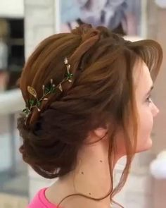 Dreamy Wedding Hairstyle Tutorial - Share Your Thoughts About This Bridal Hair Idea - Bridal Hairstyle Indian Wedding, Bridal Hair Buns, Indian Bridal Hairstyles, Wedding Updo, Wedding Hairstyles For Long Hair, Bride Hairstyles, School Hairstyles, Office Hairstyles, Stylish Hairstyles