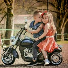 Live To Ride: Photo So Cute Baby, Cute Baby Couple, Baby Kind, Cute Couples, Cute Babies, Biker Baby, Biker Girl, Cute Kids Pics, Cute Baby Pictures
