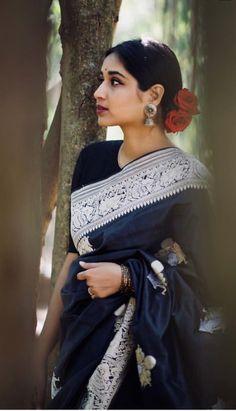 ideas for hair black asian outfit Indian Dresses, Indian Outfits, Banarsi Saree, Lehenga, Saree Photoshoot, Elegant Saree, Saree Look, Saree Dress, Indian Attire