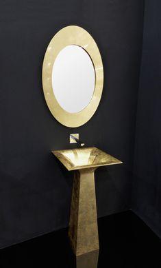 ROMA ALTO freestanding has a slender shape that was inspired to the classics roman model. Basin Design, Glass Design, Terra, Roman, Mirror, Furniture, Beautiful, Home Decor, Decoration Home