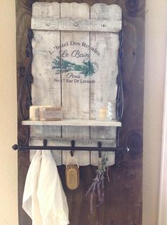 Bathroom+storage+and+organization,+Rustic+bathroom+towel+rack,+French+bathroom+decor,+Wood+bathroom+wall+rack,+Painted+bathroom+cabinet