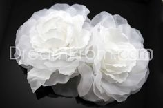 Gorgeous Pure White Flower Shaped Headpieces-