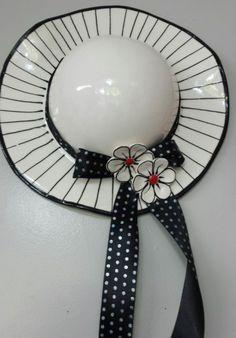 Glazed ceramic Hat Black and White Width x Height Category: Ceramic Hats. Ceramic Wall Art, Ceramic Birds, Ceramic Pottery, Pottery Art, Mosaic Cafe, Hobbies That Make Money, Hobby Photography, Ceramic Studio, Glazed Ceramic