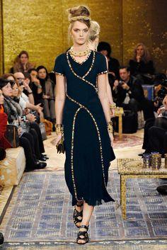 Chanel Métiers d'art 2010-11 #ChanelMetiersdArt #ParisByzance Visit espritdegabrielle.com | L'héritage de Coco Chanel #espritdegabrielle