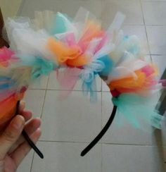 Tulle Headband, Headbands, Balloon Hat, Balloons, Diy For Kids, Crafts For Kids, Clown Party, Diy Carnival, Ideas Para Fiestas
