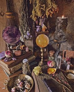 Many people believe that there is a magical formula for home decoration. You do things… Witch Cottage, Witch House, Magia Elemental, Witch Room, Baby Witch, Witch Aesthetic, Aesthetic Yellow, Aesthetic Fashion, Aesthetic Art