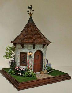 fairytale miniature garden house by Teresa Layman Clay Fairy House, Gnome House, Fairy Garden Houses, Fairies Garden, Clay Houses, Miniature Houses, Miniature Fairy Gardens, Miniature Dolls, Mini Houses