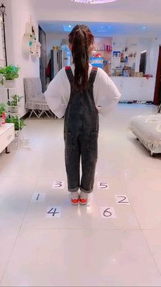 Family Fun Games, Kids Party Games, Dance Choreography Videos, Dance Videos, Cool Dance Moves, Indoor Activities For Kids, Indoor Games For Children, Dancing Games For Kids, Toddler Learning Activities