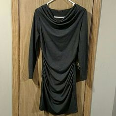 Grey fitted dress This dress came in one of my Stitch Fix boxes! It is awesome! It is a beautiful grey color and fits close to the body! Only worn once!! reneec. Dresses Long Sleeve