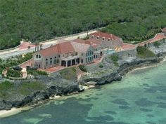Defiantly on my when I win the lottery list. Royal Vista Estate, Old Robin Rd, Cayman