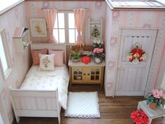 Miniature Bedroom Room Box in 1:12 scale.