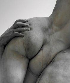 Le Derriere, unknown sculptor