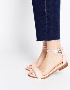 competitive price cbc87 3a091 ASOS - FREEDOM - Sandales plates en fausse fourrure shoping tenuedujour  lookdujour mode femme ete achat. Womens Boots On SaleCheap Womens ShoesBoots  ...