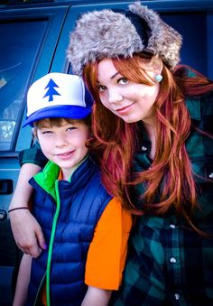Dipper and Wendy Gravity Falls cosplay
