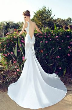Glamorous Wedding Dresses With Incredible Elegance - Fashion Diva Design