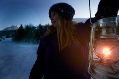 Wie im Märchen zeigt sich die Landschaft rund um Au mit weiß bedeckten Bergen und Wäldern. Bergen, Wonderland, Winter Vacations, Ski, Round Round, Landscape, Mountains