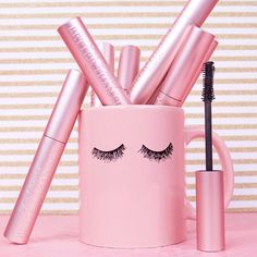 My fav mascara Too Faced Better Than Sex mascara Pink Love, Pretty In Pink, Kreative Desserts, Lash Quotes, Tout Rose, Rose Pastel, Everything Pink, Pink Walls, Pink Wallpaper