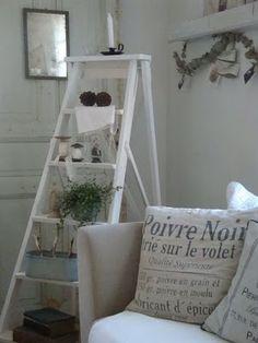 También tendría una vieja escalera para colgar textiles