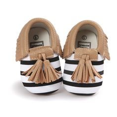Baby Moccasins Shoes Baby Soft PU Leather Tassel Girls Bow Moccs Moccasin Bow First Walkers Leather Baby Shoes, Leather Tassel, Suede Leather, Soft Leather, Baby Crib Shoes, Newborn Shoes, Girls Dress Shoes, Toddler Shoes, Infant Toddler