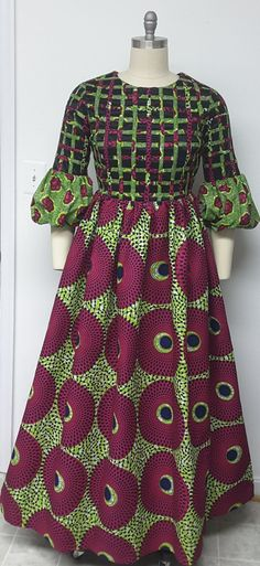 10 Stunning Electric Bulb Ankara Outfits You Cannot Resist on Mondays Greetings! Here are 50 Creative, Stylish and Dazzling Ankara Styles 2018 For Inspiration on how to style your Ankara prints and rock it. African Fashion Ankara, Latest African Fashion Dresses, African Print Fashion, Africa Fashion, African Dresses For Women, African Print Dresses, African Attire, African Traditional Dresses, Celine