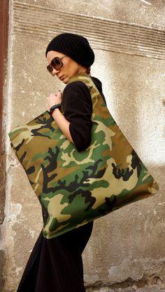 NOUVEAU sac de modèle militaire Camouflage / haute qualité sac asymétrique grand par AAKASHA A14171