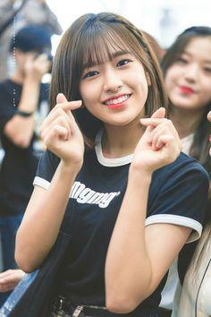 (Credits to the real owner/s) Kpop Girl Groups, Korean Girl Groups, Kpop Girls, Secret Song, Yu Jin, Uzzlang Girl, Asian Cute, Japanese Girl Group, Famous Girls