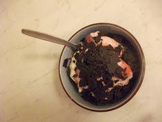 Die VeganeRatte trotzt dem Winterbeginn mit Erdbeereis und selbstgemachten Sirup zum Nachtisch...yummy