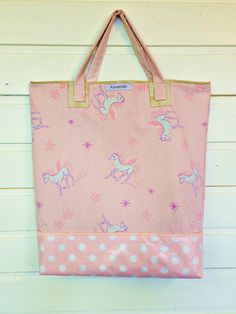 Handlenett med hester Barn, Reusable Tote Bags, Sewing, Converted Barn, Dressmaking, Couture, Stitching, Sew, Barns